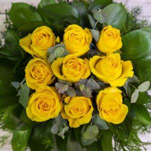 rs Caja rosas amarillas
